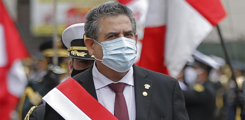 Merino renuncia a la presidencia de Perú tras cinco días de protestas